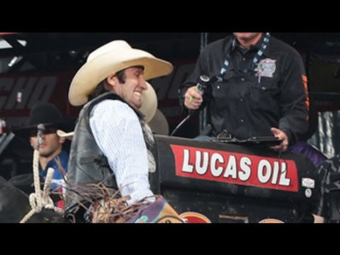 Ben Jones Rides Handsome Jeff For 89 5 Points Pbr Youtube