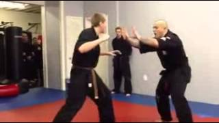 WhatsApp Funny Video - Gangnum Style while fighting :P