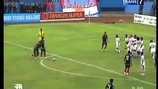 Spesialis Free Kick Arema