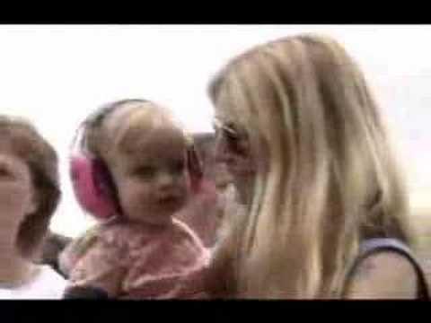 Gwyneth and Apple @ Live 8.