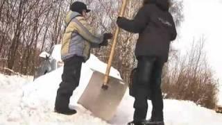 Крыш-тест 3: уборка кровли от снега и льда(Подробнее о гибкой черепице RUFLEX (Руфлекс) - http://diana.kiev.ua/page/Ruflex_cherepica_iz_finlyandii ИКОМИКРО - Институт комплексных..., 2011-02-22T19:13:07.000Z)