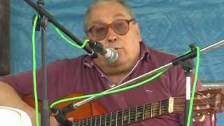 Ivan Della Mea canta l