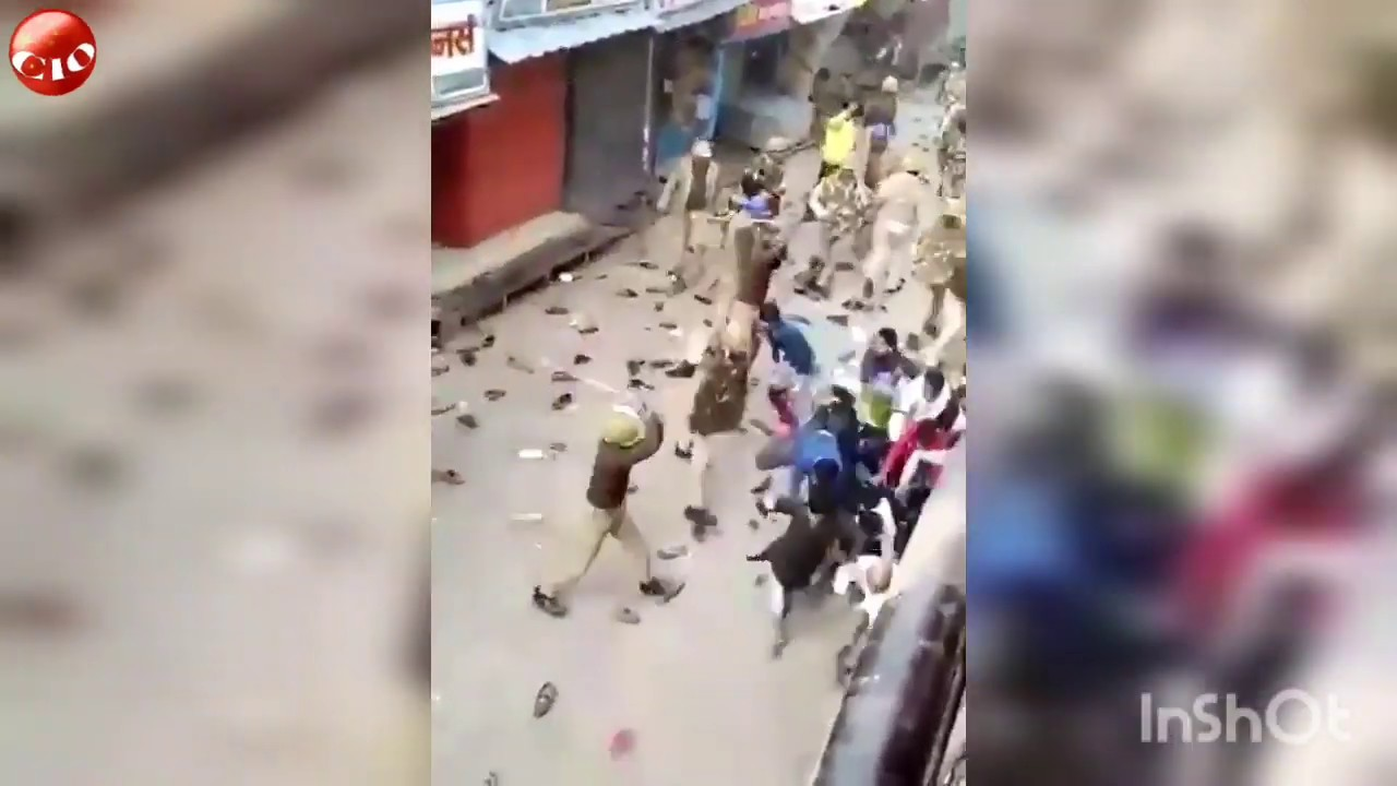 COVID-19 India: This Is How Local Police Punish Anyone Who Violates Nation's 21-Day Lockdown