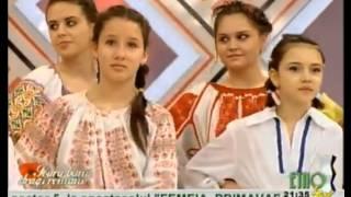 Eugenia Moise Niculae & Grupul folcloric Sabarelul - Colo-n vale-n gradinita