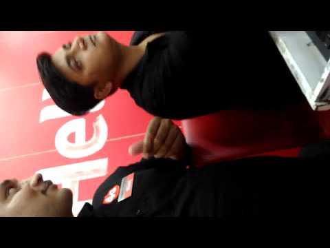 Vodafone Store  Rajouri Garden, Delhi Cashier Cheating