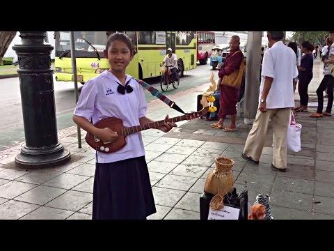 Exploring Bangkok Temples Wat Pho and The Grand Palace