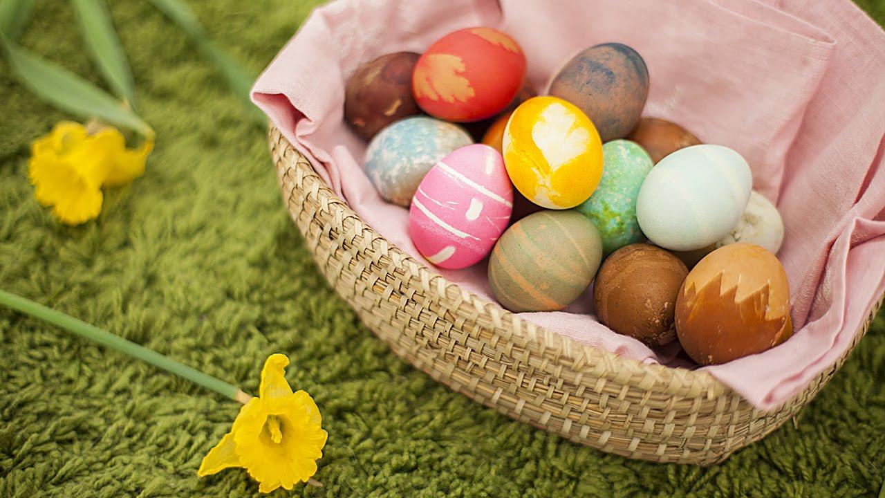 Como colorir ovos para a Páscoa YouTube # Como Decorar Ovo De Pascoa