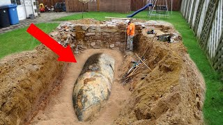 This Man Dug a Hole in His Bac…