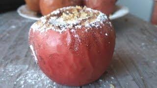Яблука запечені в духовці