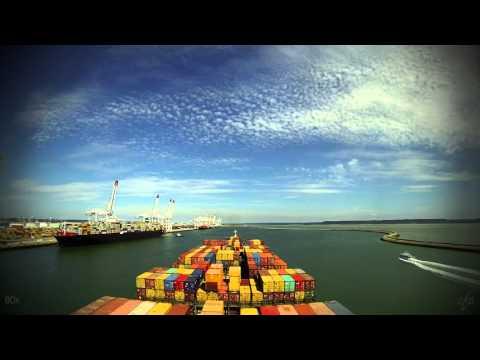 Time-lapse (80x/540x): arrival Le Havre (France) [4K / UHD]
