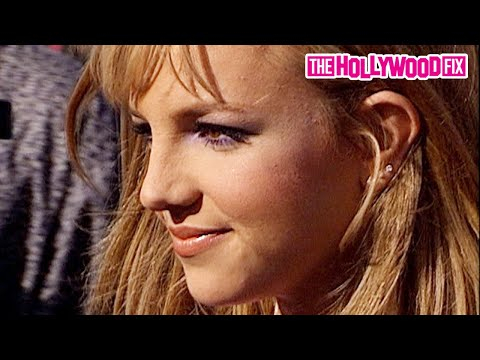 Britney Spears Arrives To The 1999 Teen Choice Awards At Barker Hanger in Santa Monica, California