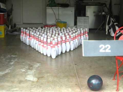 Generate 100 pin bowling in a garage Screenshots