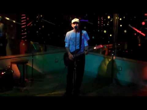 "Lizard Lounge Long Island karaoke Harry D. ""Cocaine""  Eric Clapton"