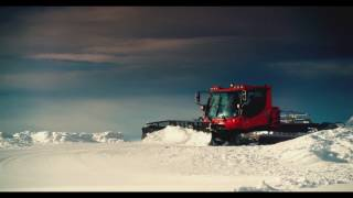 Роза Хутор: лучший горнолыжный курорт России(«Роза Хутор» четыре года подряд получает престижную премию World Ski Awards как лучший горнолыжный комплекс Росси..., 2015-07-01T12:51:13.000Z)