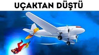 İki Pilot Başka Bir Uçaktan Sarkan Adamı Kurtardılar