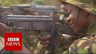 Hunting elephant poachers in Democratic Republic of Congo - BBC News