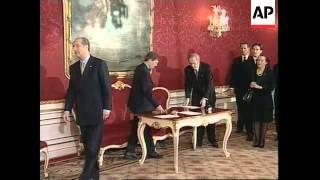 AUSTRIA: NEW COALITION GOVERNMENT SWORN IN