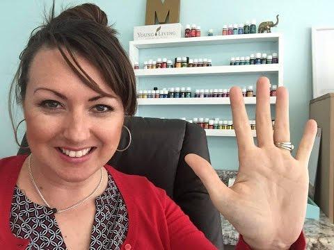 5-ways-we-use-peace-and-calming-essential-oil---elizabeth-medero