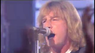 Download Video Status Quo - Rockin' All Over The World (Live) MP3 3GP MP4