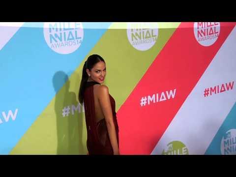 ALFONSO HERRERA entrevistas Alfombra Roja #MTVMillenialAwards 2014 MTV México #MIAW from YouTube · Duration:  1 minutes 58 seconds