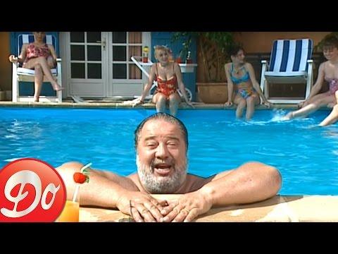 Carlos : Tout nu et tout bronzé (Clip officiel)