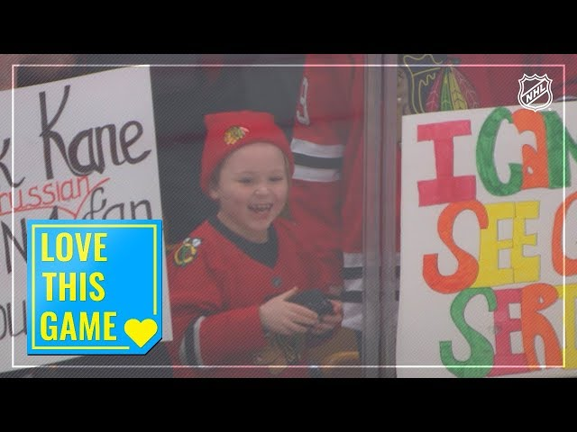 Jonathan Toews tosses souvenir puck to make young fan's day