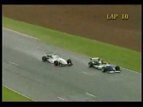 Asian F3 Round5 Zhuhai TysonSy hits car