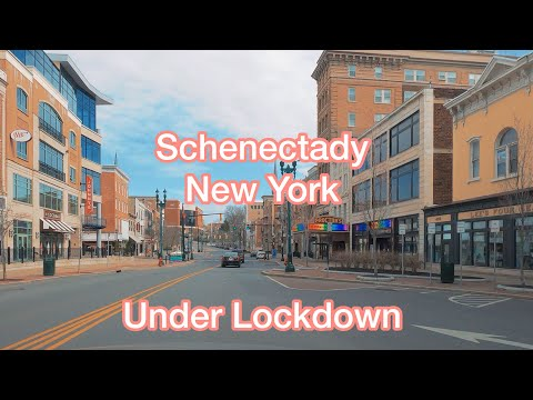 New York State Under Lockdown - Driving Through Schenectady Via State Street And Brandywine Ave