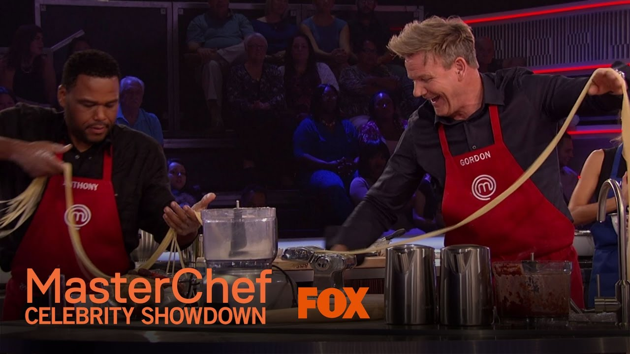 Gordon Ramsay grills up 'MasterChef Celebrity Showdown'