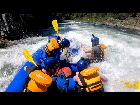 We've NEVER Been White Water Rafting Before!   Hat Films VLOG #2