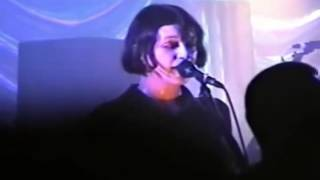 Placebo - Hang On To Your IQ (Portsmouth 1997)