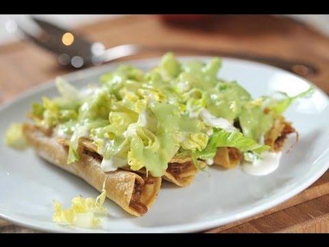 Flautas  Recetas de comida mexicana  YouTube