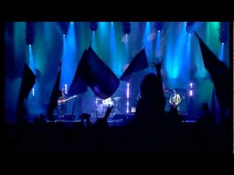 Arctic Monkeys - Balaclava [live at Glastonbury]