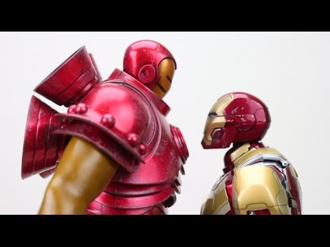 ThreeA Iron Man Classic vs Hot Toys MK 42 Iron Man Unboxing