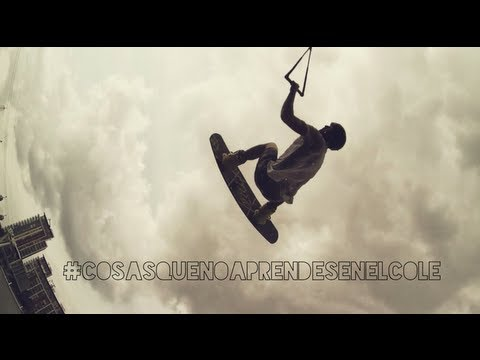 #CosasQueNoAprendesEnElCole   Avicii - Wake me up