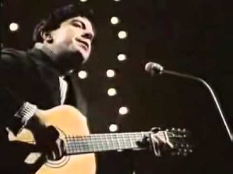 Leonard Cohen - The Stranger Song (Lyrics).wmv