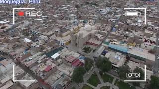 Perú - Moquegua - Ciudad - from the air
