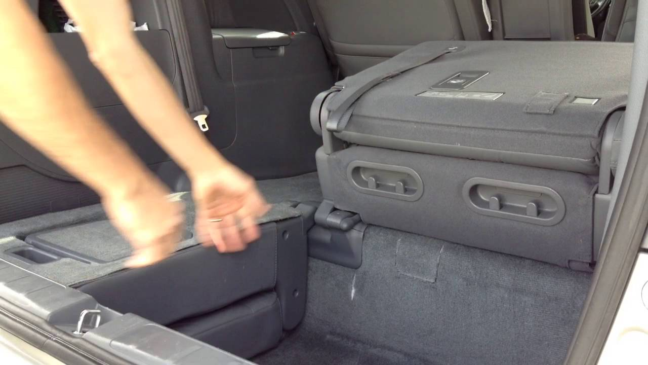 2007 Honda Odyssey -How to fold down the third row seats ...