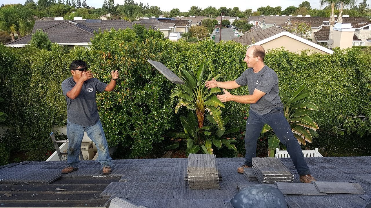 How To Videos For Roofing: Find The Roof Leak Like A Pro   Learn To Do Roof  Repairs.