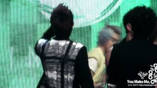 Repeat youtube video [Fancam) - 120601 - WooGyu hug for 'The Chaser' 1rst win @ Music Bank