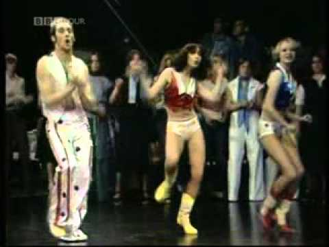 Rick Dees and his Cast of Idiots - Disco Duck  TOTP ( 1976 )