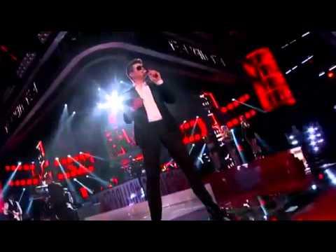 MTV Video Music Awards 2013 - Performance