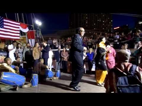 """KRI Dewa Ruci, New Orleans, LA, USA """"Indonesian Night 19 April 2012"""" - part 4"""