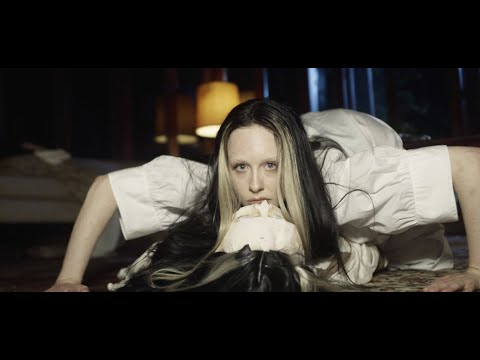 Allie X –Fresh Laundry (Official Music Video)