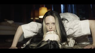 Allie X – Fresh Laundry (Official Music Video)