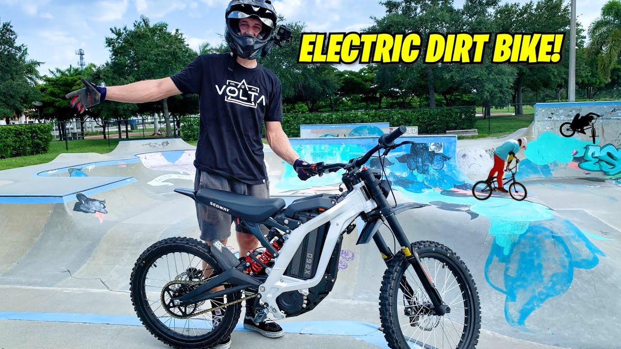 ELECTRIC DIRT BIKE AT THE SKATEPARK!