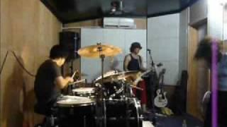 MMGのスタジオ練習です ぶっ生き返す マキシマムザホルモン.