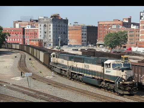 Railfanning around Kansas City MO w/ SP, BN, KCS, CREX, BNSF, NS, UP, CSX and more!
