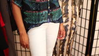 Fashion Advice for Light Colored Jeans : Tips on Style & Fashion