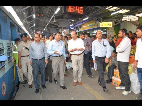 Chairman Railway Board visits New Delhi Station ahead of Chhath Festival to review arrangements